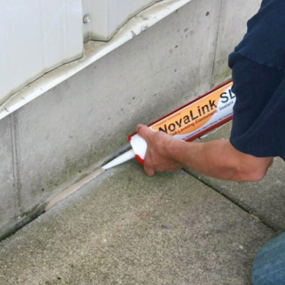 Chemlink Novalink SL Caulking between the Building to Sidewalk